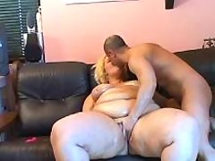 Megafat blond housewife seduces guy