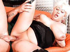 Grannie's Panties 03