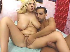 Chubby housewife screwed by dudes